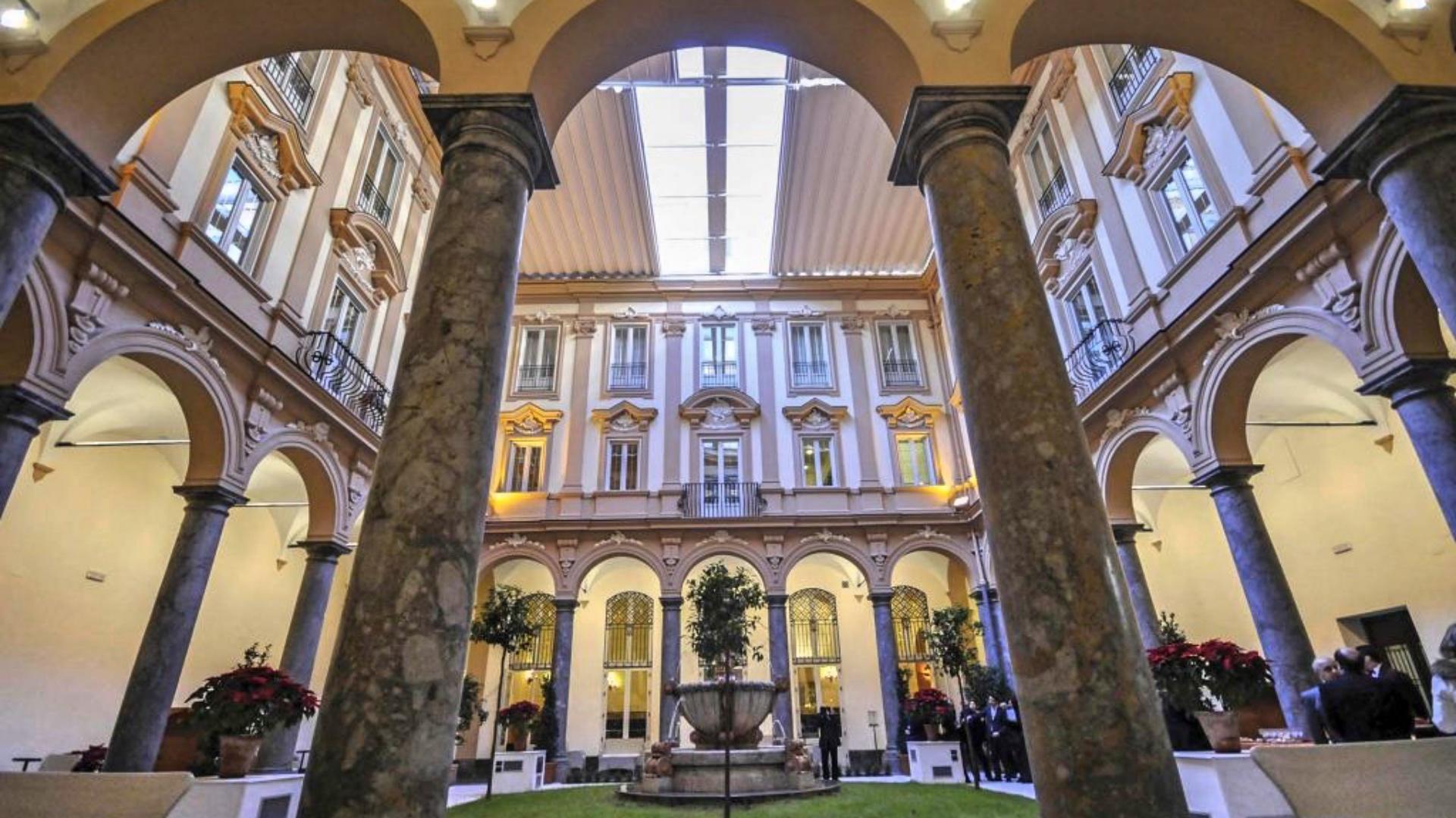Hotel Piazza Borsa  Una Storia Lunga 500 Anni  U2013 Le Vie Dei