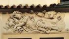 Il bassorilievo raffigurante Santa Rosalia (foto Gianluca Terravecchia)