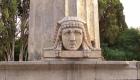 Testa di sfinge nella Fontana d'Ercole